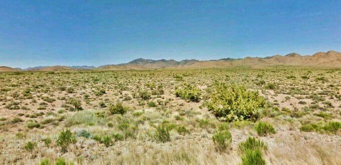Yucca Road, Dolan Springs, AZ 86441