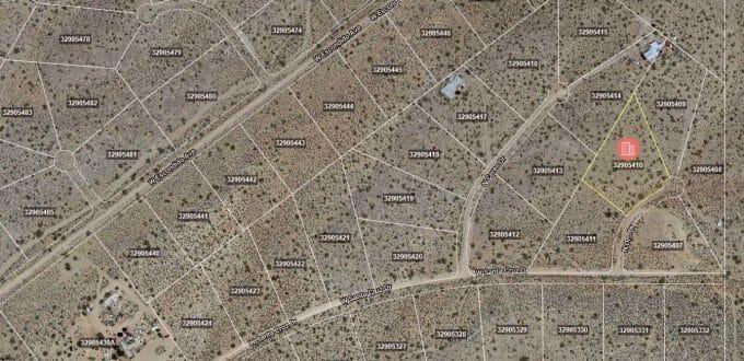 21257 N Oro Drive, White Hills, AZ 86445